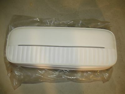 BOSTON WHALER 1998 26' Outrage Helm Seat Back Rest Cushion NOS