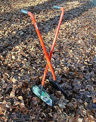 Darlac Long Handled Leaf & Debris Collecting Grab n Lift Hands Garden Hand Tool
