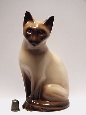 Hand Decorated Philip Laureston Babbacombe Pottery Burmese Cat with Backstamp