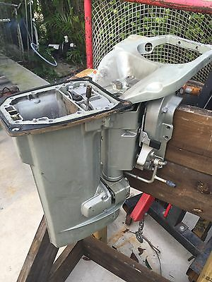 Suzuki DT40 Midsection Swivel Bracket. DT Outboard Motor