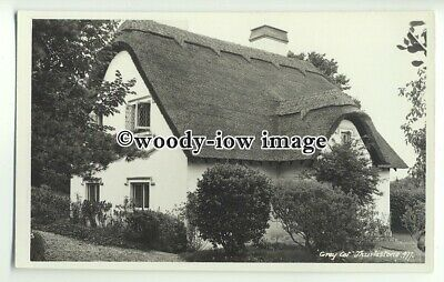 """tp9907 - Devon - Lovely """" Grey Cot"""" Thatched Cottage, in Thurlestone - Postcard"""