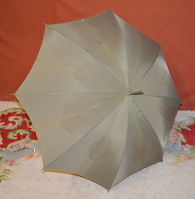 Small Vintage Ladies Green Umbrella Parasol With Wood Handle - free UK postage