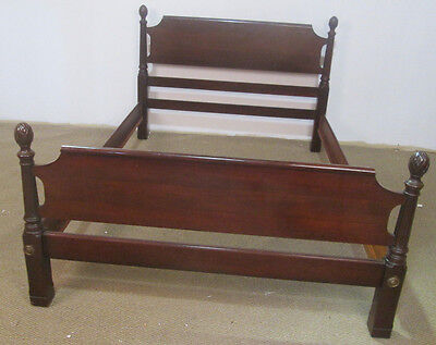 57097 Solid Mahogany Georgetown Galleries Full Size bed w/ rails