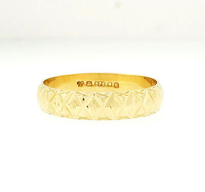 9Ct Yellow Gold Patterned D Shaped Wedding Band (Size K) 4mm Width