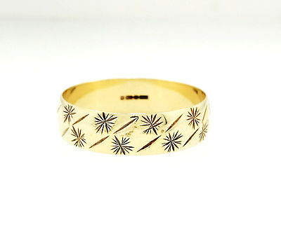 9ct Yellow Gold Patterned D Shaped Wedding Band (Size N) 5mm Width