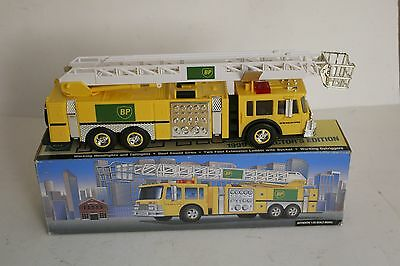 1996 BP Aerial Tower Fire Truck Collector's Edition 1:35 Scale  NIB