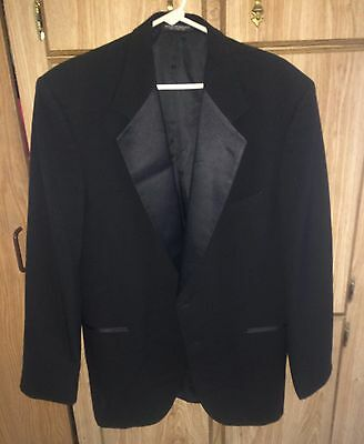 22 Jump Street - Jenko (Channing Tatum) Screen-Worn Prop Tuxedo Jacket! Rare!
