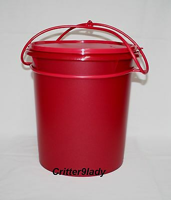 NEW Tupperware Classic Stacking Canister set of 3 Christmas Red