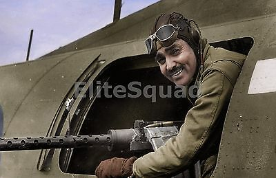 WW2 Picture Photo American film star First Lt. Clark Gable at  gun position 751