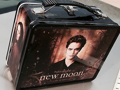 SALE Larger LUNCHBOX w THERMOS - Twilight NEW MOON  - Jacob & Edward w/ Bella