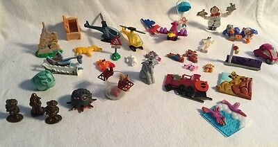 Kinder Toys Random Lot 33 Plastic Metal Nice Lot! Toys
