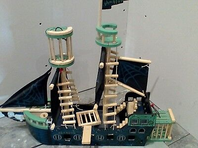 Wooden pirate ship with Scooby Doo figures