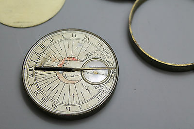 Antique Sun Dial and Compass in Brass Case in Good Condition