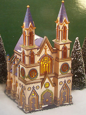 Department 56 Christmas in the City Old Trinity Church #58940 NEW IN BOX!! c