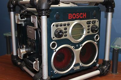 Bosch PB10C-CD Worksite CD Player Battery Charger MP3 Radio with Remote Job Site
