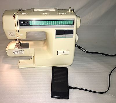 Pre-owned Brother XR-35 Sewing Machine Works Great