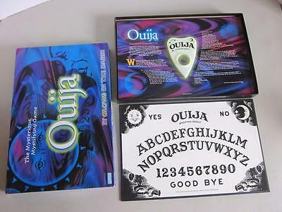PARKER BROTHERS OUIJA  Glow In The Dark Game 1998 #00600