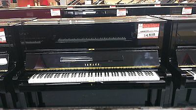 Yamaha U1 upright piano - polished ebony