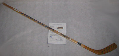 WAYNE GRETZKY 'The Great One' Hand Signed FULL SIZE HOCKEY STICK + JSA COA