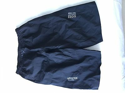 Men's Gore Waterproof Running Shorts - Size Large