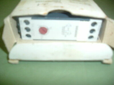 Siemens 7Pu46 20 2An20 Timer Relay ...220-240 Vac......secs Or Hours New  Boxed