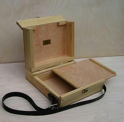"""HANDCRAFTED WOODEN COMPACT POCHADE BOX takes 8"""" x 10"""" BOARDS"""