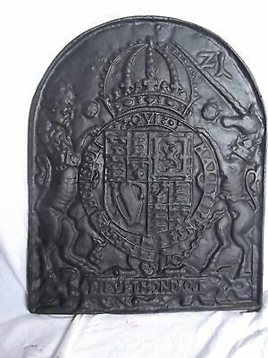 Heavy quality Cast Iron Backplate for open fire.  Decorative detail.