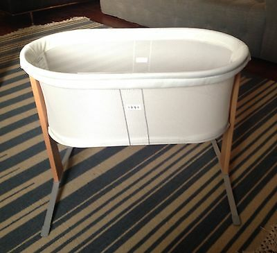 Used BABY BJORN Breathable Mesh CRADLE Lightweight BABY BASSINET White
