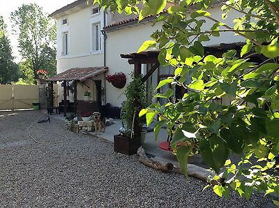 House for sale with business in the Dordogne