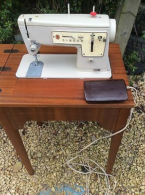 Vintage/Retro SINGER 447 Electric Sewing Machine Pedal Could Post Without Table