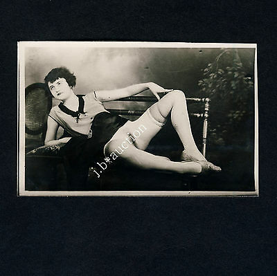 SLINKY YOUNG NEAR NUDE WOMAN / JUNGE FRAU FAST NACKT * Vintage 20s Risque Photo