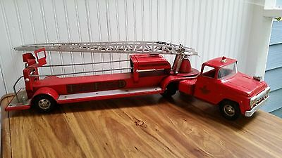 Vintage 1960's Tonka Hydraulic Aerial Ladder TFD Red Fire Engine Truck No. 5