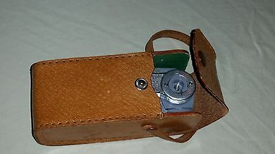 Vintage Alpex Deluxe Swivel Flash Gun ( for Fan Bulb Camera ) B. C. type