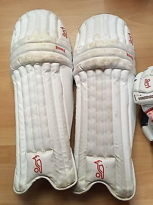 Kookaburra Bubble Star Mens Right Hand Cricket Batting Pads And Gloves