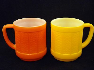 Vintage 1950s Federal Glass Stackable Barrel Panel Glass Mugs Orange and Yellow