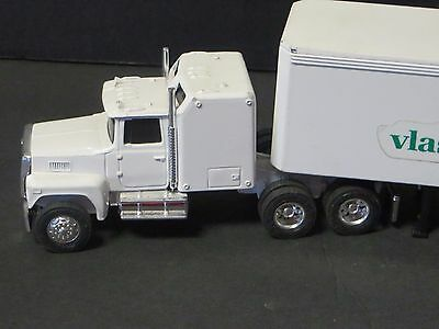 Miniature Ertl VLASIC Tractor Trailer Truck  Campbell's Soup Related