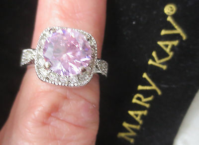 Mary Kay Dare to Dream  Pink Ring