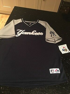 Yankees Official Baseball Shirt Size Boys 10-12 BNWT