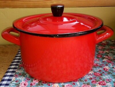 vintage red enamel ware casserole pot pan camping shabby chic Yugoslavia