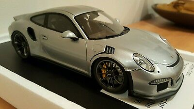 Rare! Spark 1:18 Porsche 911 (991) GT3 RS Silver Limited Edition - NEW