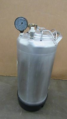 Used Alloy Products 7L 2Gal Stainless S/s T-304 Pressure Vessel Tank 140Psi