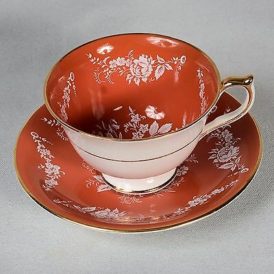 Aynsley - White/burnt Orange/salmon Decorated With White Floral Sprays