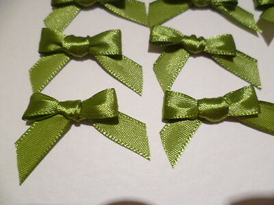 30 Pretty Lime Green 10mm Satin Ribbon bows for card making/scrap booking -UK
