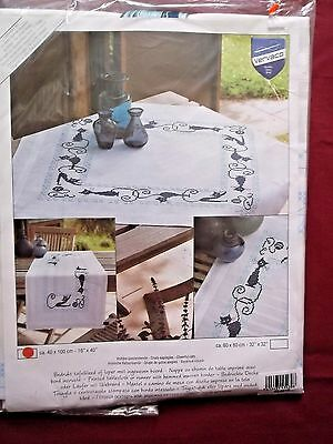 "Vervaco Cheerful Cats Table Runner Stamped Embroidery Kit-16""X40""  NEW"