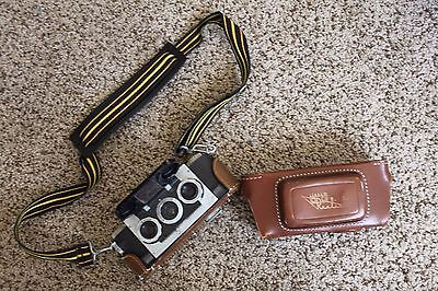 Vintage Stereo Realist Camera David White Company 3D 35mm f3.5 leather case