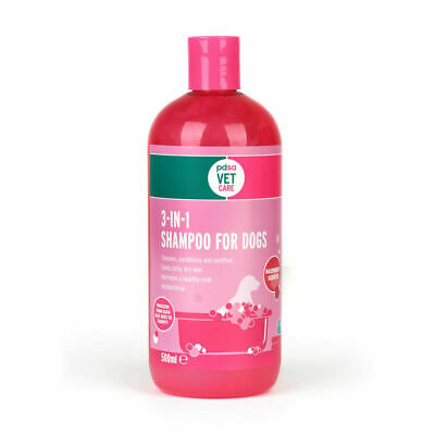 PDSA Vet Care 3 In 1 Shampoo For Dogs Soothing Antifungal & Antibacterial 500ml
