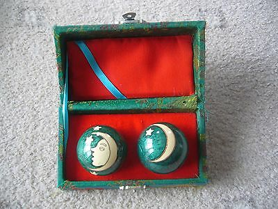Vintage musical Chinese Dragon Eyes balls health relaxation boxed