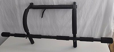 Gold's Gym Chin Pull Up Door Way Exercise Bar Strength Fitness Equipment