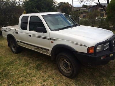 2000 Ford Courier Extra Cab 4wd 4x4 Mazda Bravo B2600
