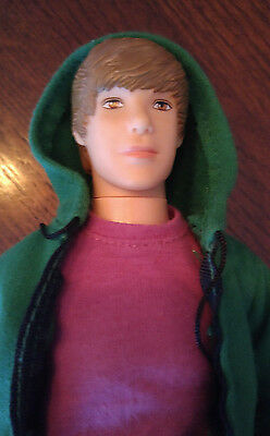 """Justin Bieber Singing Doll  - """"one Less Lonely Girl""""  No Box Not Complete"""